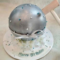 Silver Splash Pinata Cake