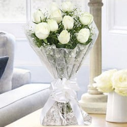 10 White Roses Bunch