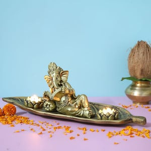 Relaxing Ganesha T Light Holder