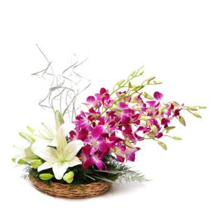 Esteemed Ensemble - Send Best Flowers Arrangement Online
