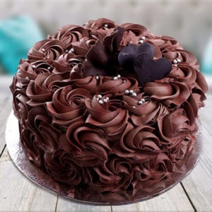 Chocolate Rose Cake - Online Cake Delivery in Kurukshetra