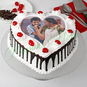 Heart Shaped Photo Cake For Mom Eggless - Cake Delivery in Mumbai