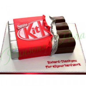 Kit Kat Shaped Cake