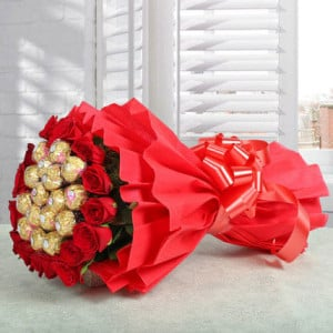 Rocher Bouquet - Online Flower Delivery In Kurukshetra