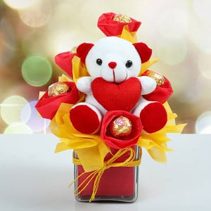 Glinting Hugs - Teddy Day Gifts Online