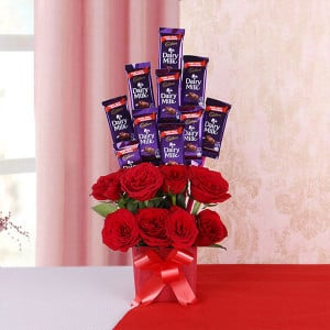 Aroma of Chocolaty Love - Online Flower Delivery In Kurukshetra
