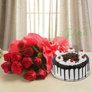 Black Forest n Flowers - Wedding Anniversary Bouquet with Cake Delivery
