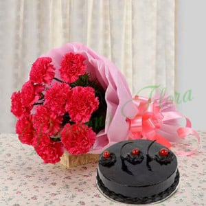Blesses and Wishes - Wedding Anniversary Bouquet with Cake Delivery
