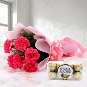Cute Hamper - Wedding Anniversary Bouquet with Cake Delivery