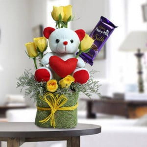 Cute Teddy Surprise - Send Flowers to Dehradun