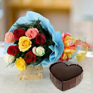 Heart Cake with Roses - Online Flower Delivery In Kurukshetra