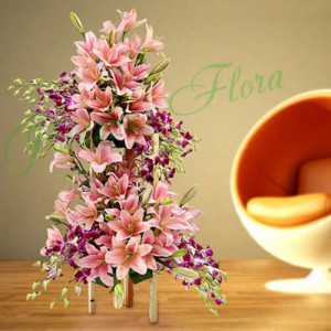 Love in Paradise - Online Flower Delivery In Kurukshetra