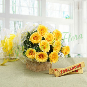 Mesmerising Love - online flowers delivery in dera bassi