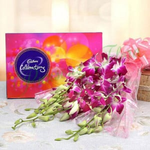 Orchids Enchantment - Wedding Anniversary Bouquet with Cake Delivery