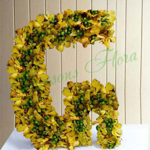 Personal Alphabet Grace - online flowers delivery in dera bassi
