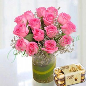 Pink Roses Arrangement With Rocher - Online Gift Ideas