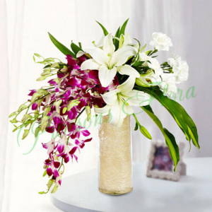 Royal Floral Arrangement - online flowers delivery in dera bassi