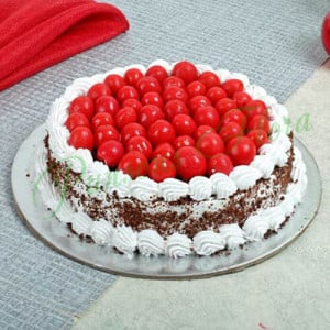 Special Blackforest Cake - Send Cakes to Sonipat