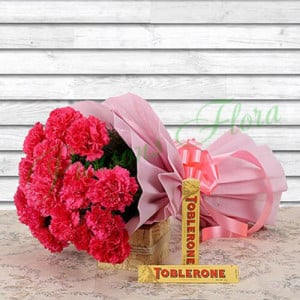 Stunning Combo - Send Flowers to Dehradun