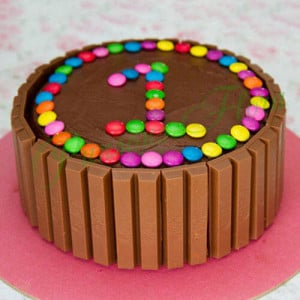 Supreme Kit Kat Cake - Send Cakes to Sonipat