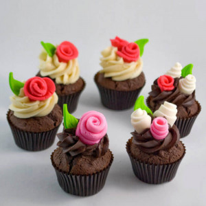 Chocolaty 6 Cup Cakes