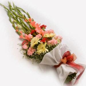 Lady In Multi Colors 12 Flowers - Flower Bouquet Online