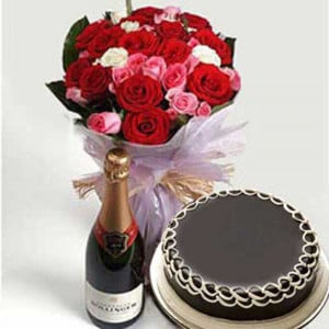 Wine Celebration - Online Flower Delivery In Kurukshetra
