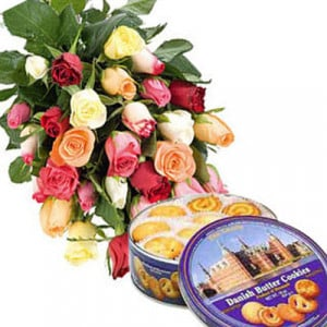 Mixed Roses N Cookies - Flowers and Cake Delivery