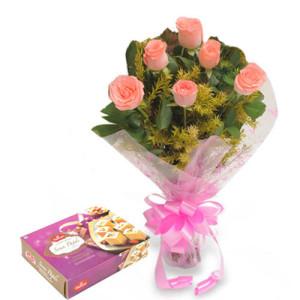 Elegance Hamper - Flowers with Sweets Online