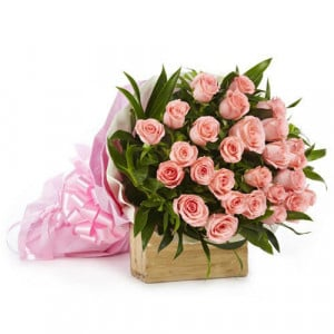 Love Bonanza 25 Pink Roses - Send Flowers to Amreli Online