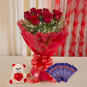 Cute Happiness - online flowers delivery in dera bassi