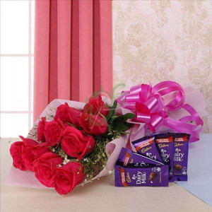Beauty And Blush - online flowers delivery in dera bassi