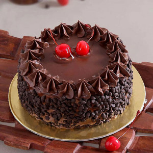Chocolate Choco Chips Cherry Cake