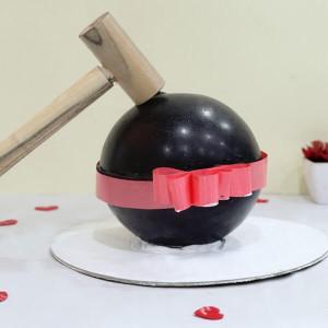 Pinata Chocolate Ball Cake