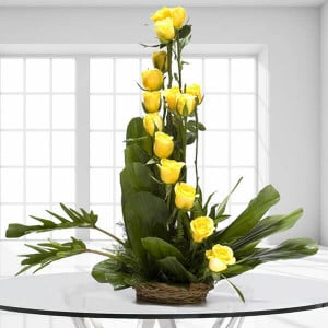 Perfect Day 15 Yellow Roses - Online Flower Delivery In Kurukshetra