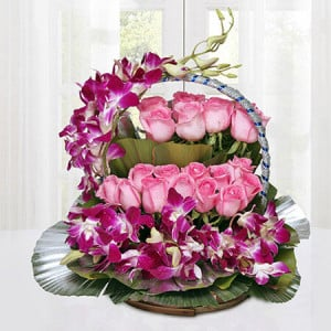 Cradle Of Best Wishes - Online Flower Delivery In Kurukshetra