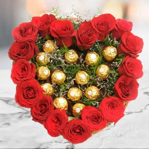 Heart Shape Love - Online Flower Delivery In Kurukshetra