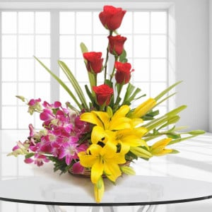 Sweet Splendor Flowers India - Send Congratulations Gifts Online