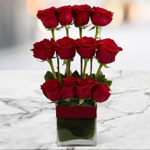 Style Of 12 Red Roses Online - Online Flower Delivery In Kurukshetra