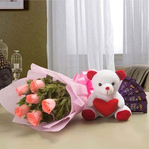 Pretty Pink hamper - Send Flowers to Dehradun