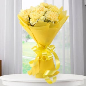 Twinkle Twinkle 20 yellow carnations - Online Flower Delivery In Kurukshetra