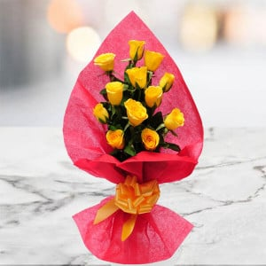 Pure Desire 12 Yellow Roses Online - Send Flowers to Amreli Online