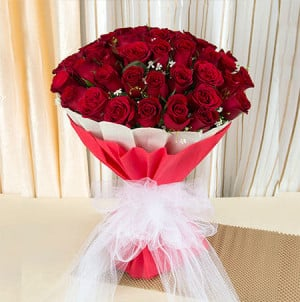 Ruby 40 Red Roses Online - Send Flowers to Dehradun