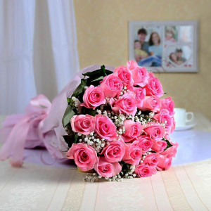 Sweet Pink 25 Pink Roses Online - Send Flowers to Amreli Online
