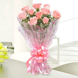 Pink Delight 10 Baby Pink Roses - Send Flowers to Amreli Online