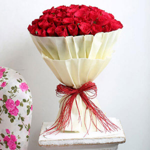 Hot 100 Red Roses Online - Online Flower Delivery In Kurukshetra