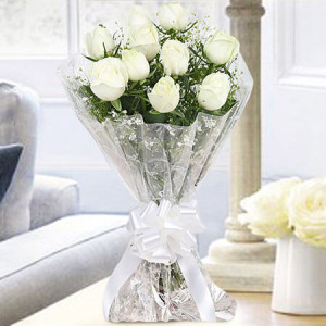 10 White Roses Bunch Online - Online Flower Delivery In Kurukshetra
