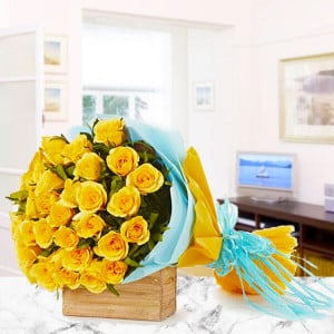 30 Yellow Roses - Send Flowers to Amreli Online