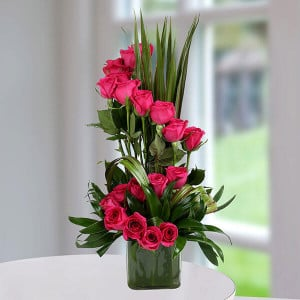 Pink Rose Delight - online flowers delivery in dera bassi