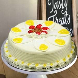 Online Butterscotch Delight Cake Half Kg - Cake Delivery in Mumbai
